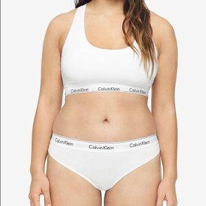 Calvin Klein Plus Size Set 1 Bra/2Thongs White 2XL
